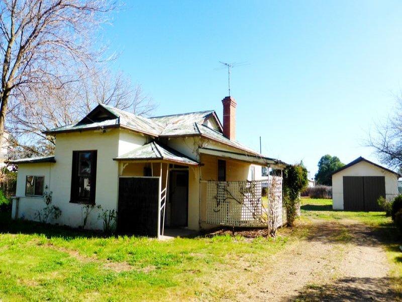 8 Wattle Street, Culcairn, NSW 2660