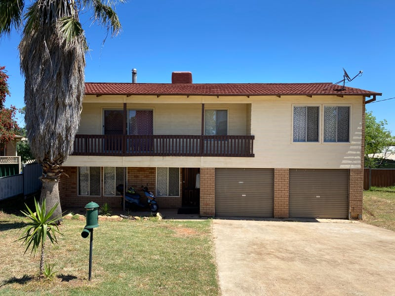 17 McGregor Street, Condobolin, NSW 2877