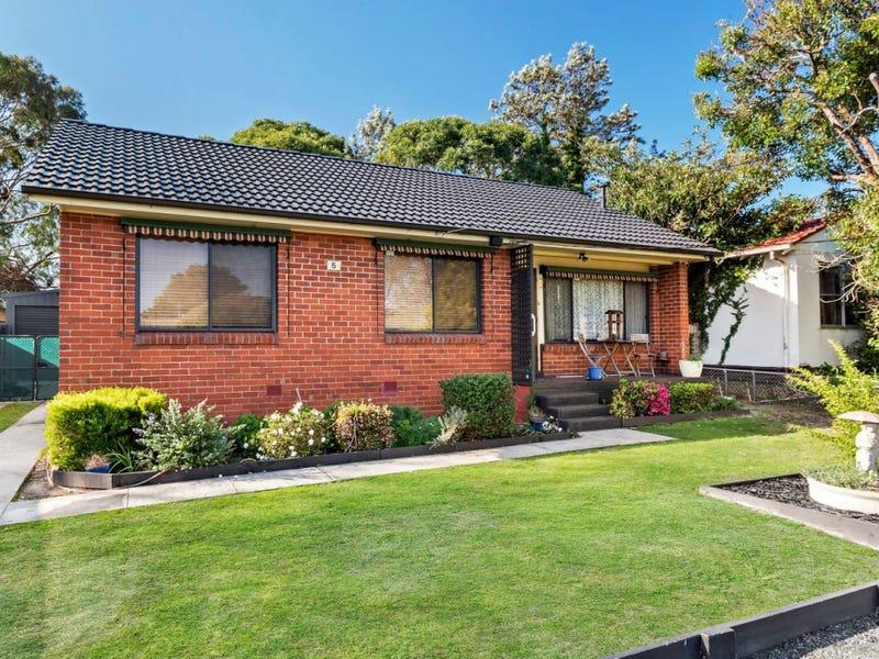 5 Rosemary Crescent, Frankston North, Vic 3200