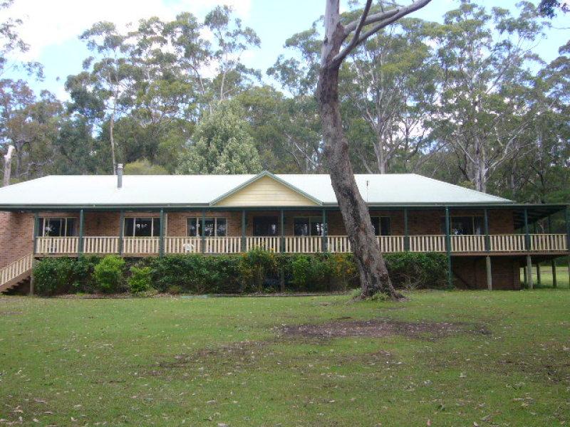 6 McArthur Drive, Falls Creek, NSW 2540