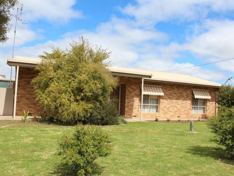 5 Nicolls St, Barham, NSW 2732