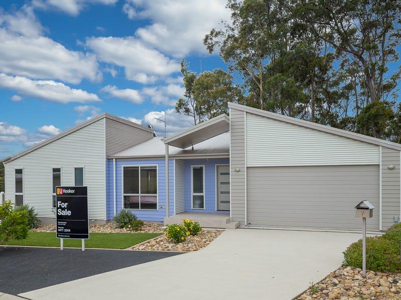 7 Minty Court, Malua Bay, NSW 2536