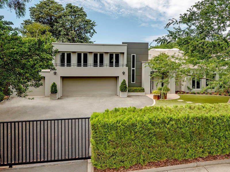 11 Melbourne Avenue, Forrest, ACT 2603