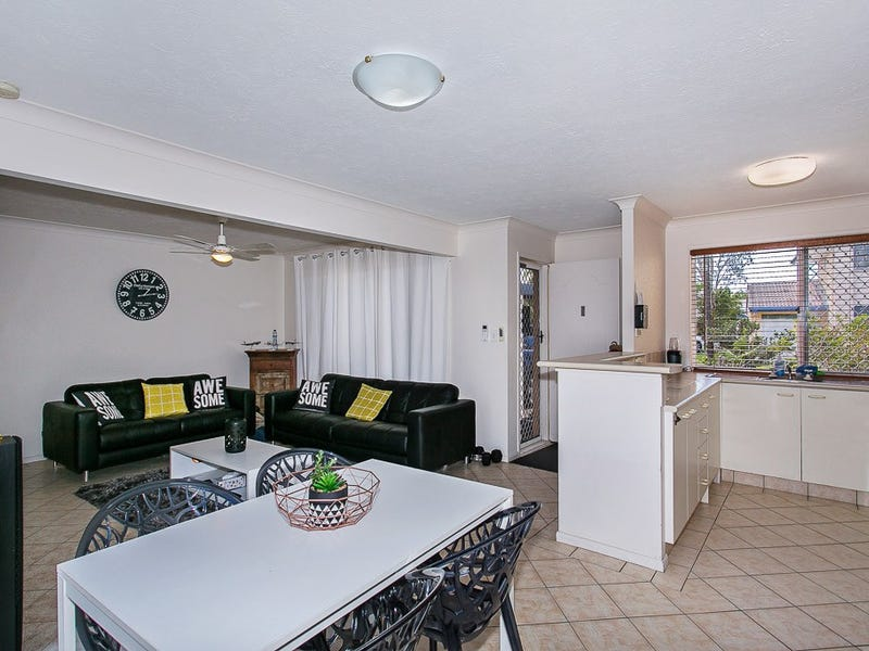 8/50 St Kevins Ave, Benowa, Qld 4217