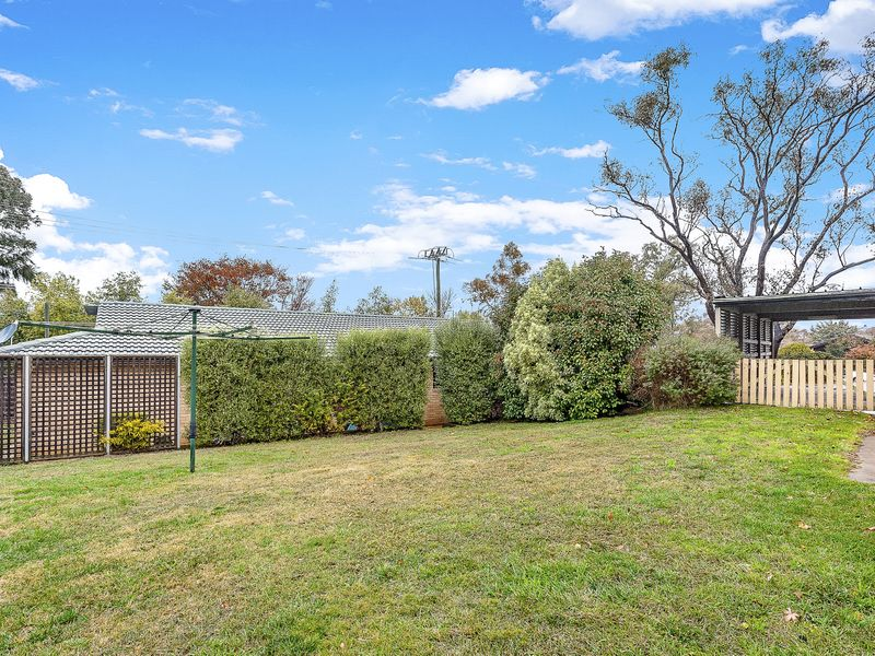 17 Hinchcliffe Place, Spence, ACT 2615