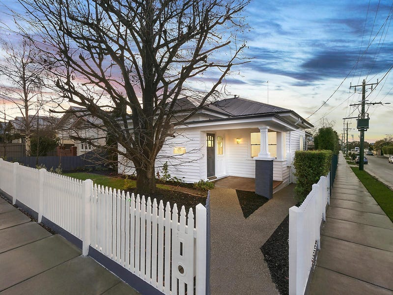 25 Cairns Avenue, Newtown, Vic 3220