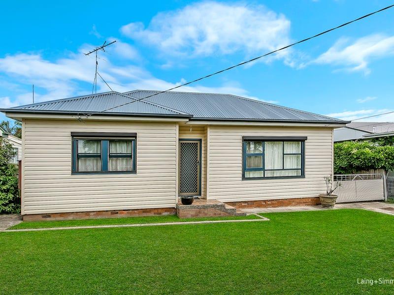 42 Dorothy Crescent, Colyton, NSW 2760