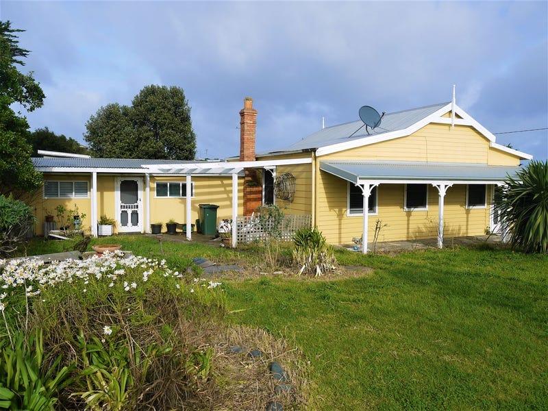 25 Charles Street, Currie, Tas 7256