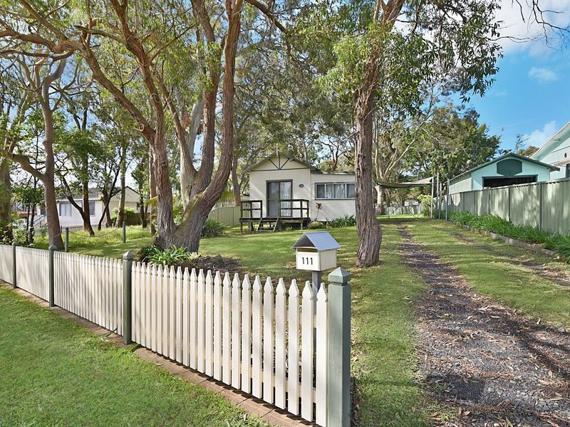 111 Buff Point Avenue, Buff Point, NSW 2262