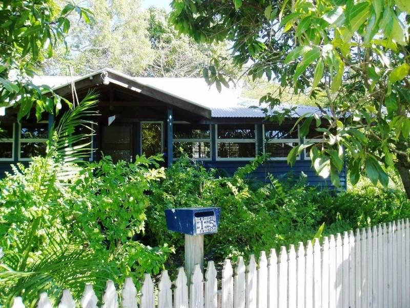 15 Tait Street, West Mackay, Qld 4740