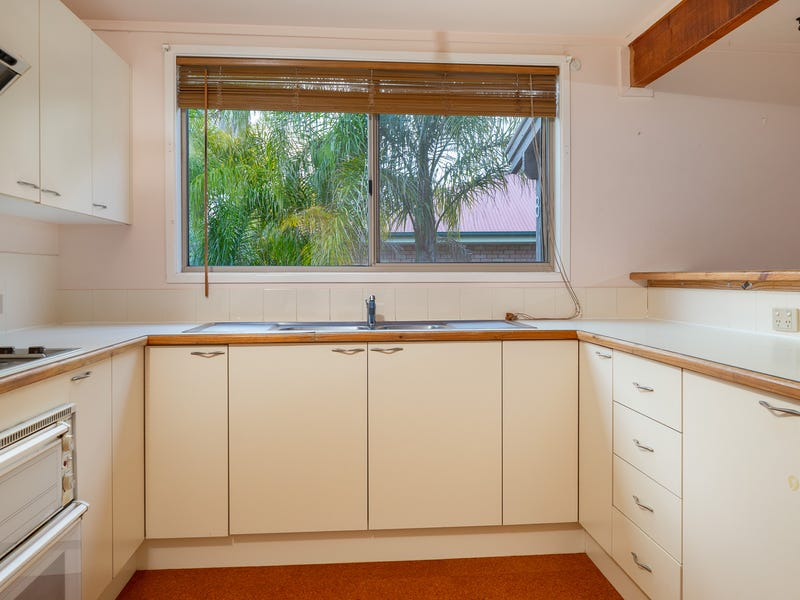 8 Northcove Road, Long Beach, NSW 2536