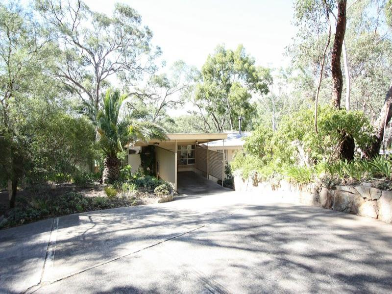 29 Winding Way (Entrance on Aerial Road), Belair, SA 5052