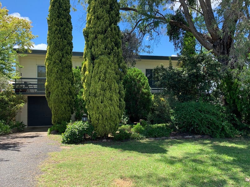 1 Leonard Street, Inverell, NSW 2360