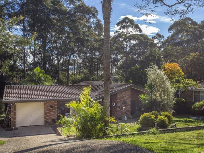 36 Kennedy Crescent, Denhams Beach, NSW 2536