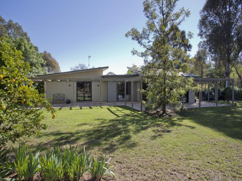 124 Williams Road, Myers Flat, Vic 3556