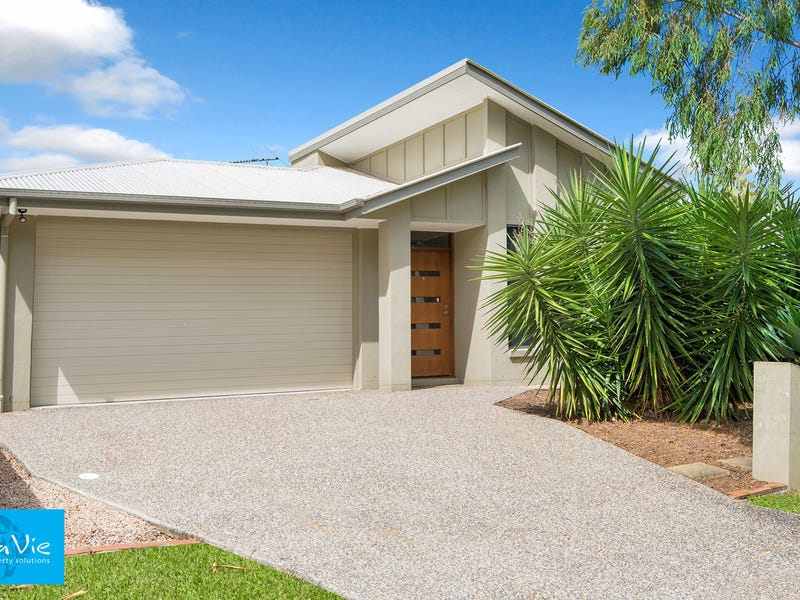 30 Bathersby Crescent, Augustine Heights, Qld 4300