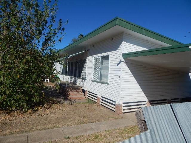 1-4/14 Condor Crescent, Moree, NSW 2400