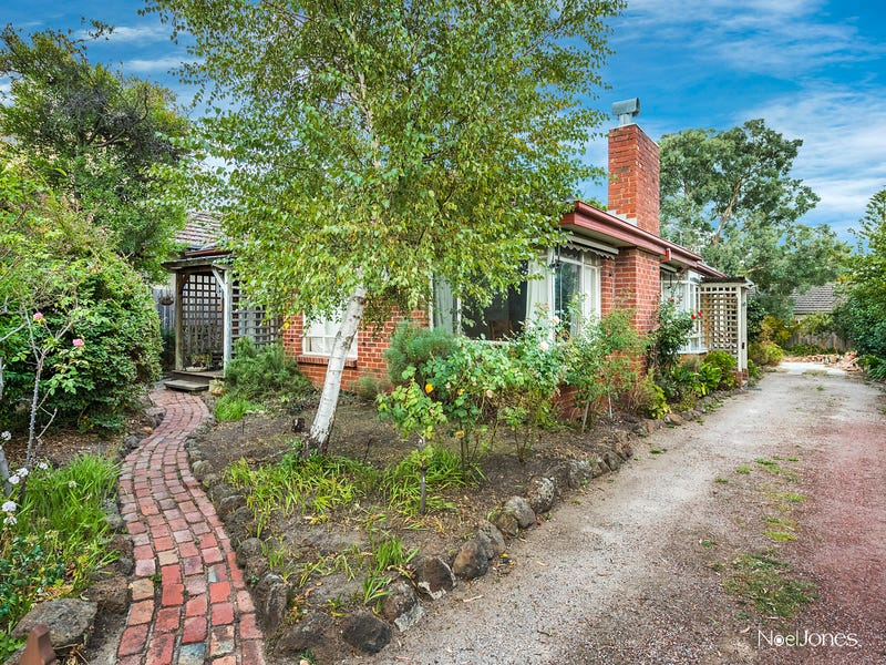 20 Orchard Grove, Blackburn South, Vic 3130