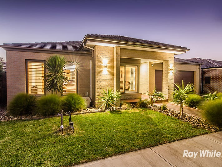 13 Rock Daisy Drive, Cranbourne West, Vic 3977