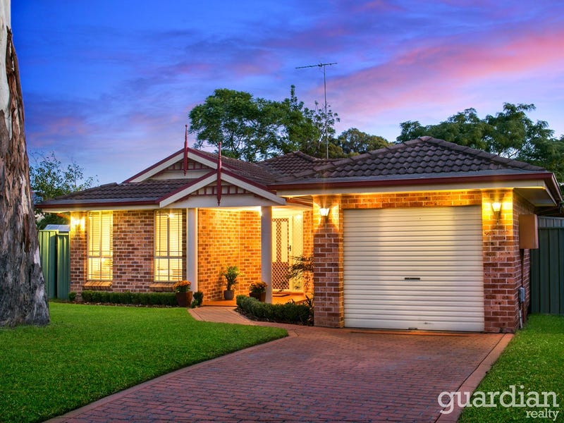 8 Kuta Place, Quakers Hill, NSW 2763