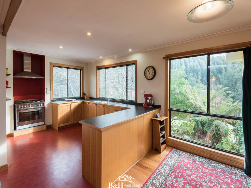 92 Cradle Mountain Road, Wilmot, Tas 7310