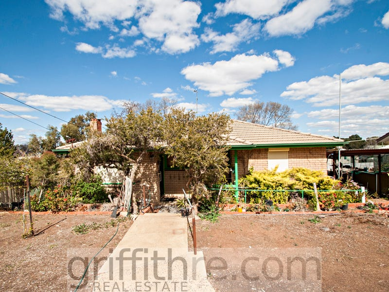 27 McNabb Crescent, Griffith, NSW 2680
