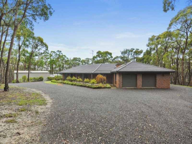 145 Post Office Road, Smythes Creek, Vic 3351