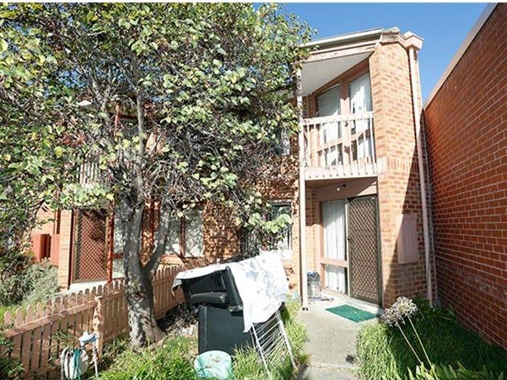 17 Secomb Place, Footscray, Vic 3011