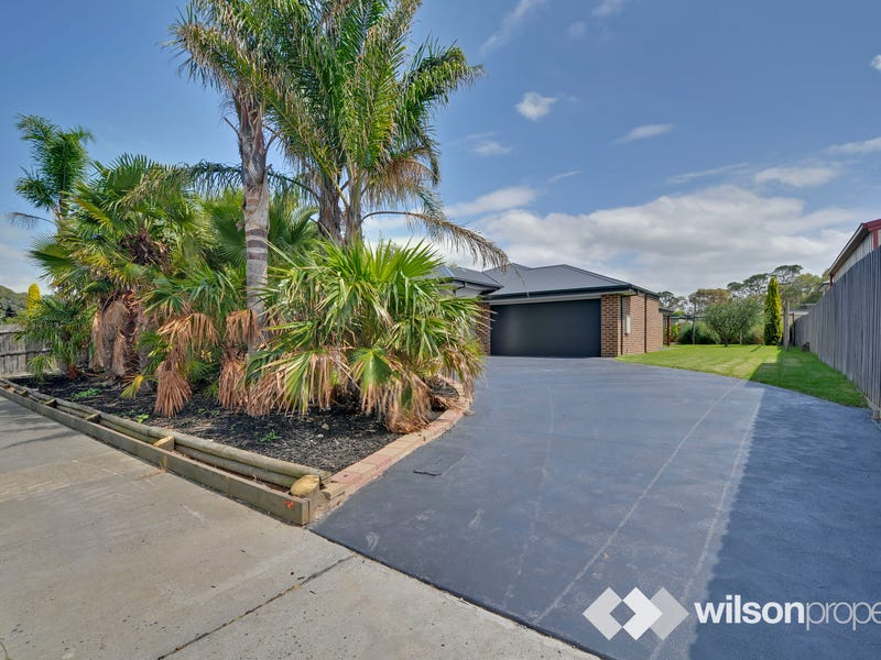 24 Rhodes Court, Glengarry, Vic 3854