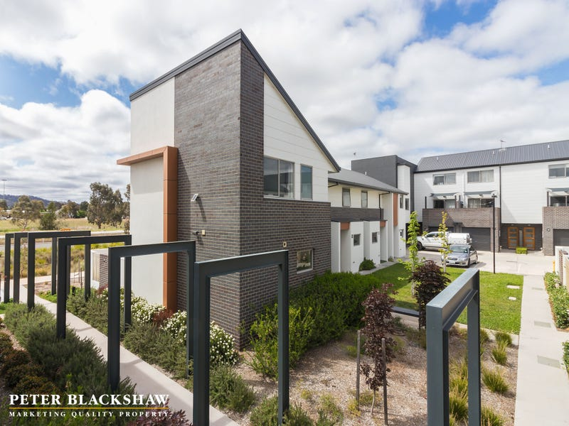 18/8 Henry Kendall Street, Franklin, ACT 2913