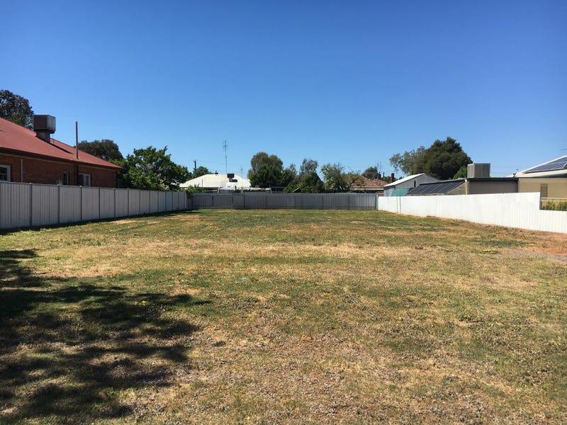 52 Murray Street, Finley, NSW 2713