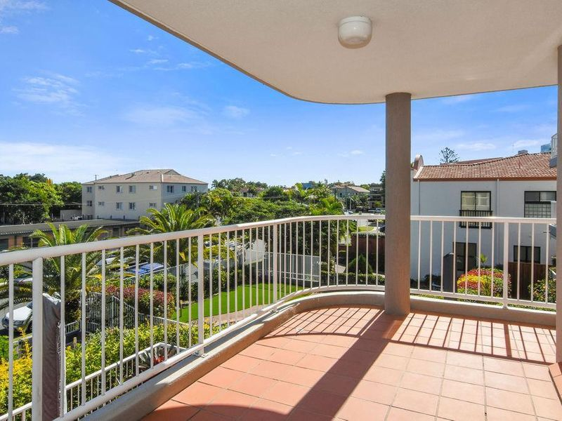 6/15 Jubilee Avenue, Broadbeach, Qld 4218