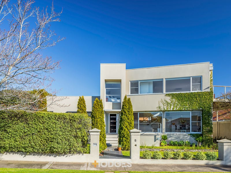 5 Parker Court, Manifold Heights, Vic 3218