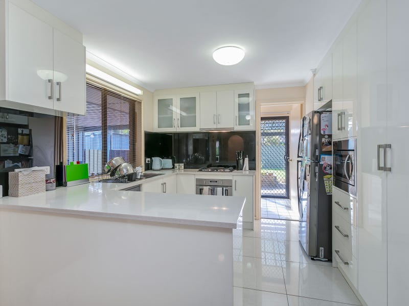 5 Speechley Court, Paralowie, SA 5108