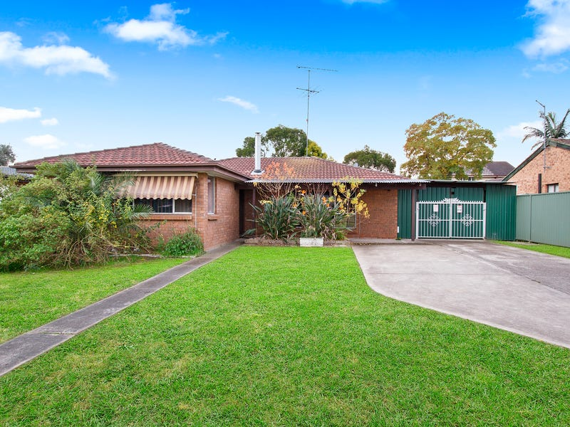 18 Scarvell Avenue, McGraths Hill, NSW 2756