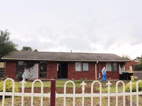 30 James Cook, Melton West, Vic 3337