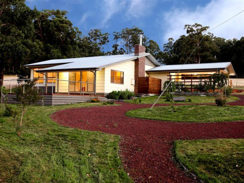 Address available on request, Mount Macedon, Vic 3441