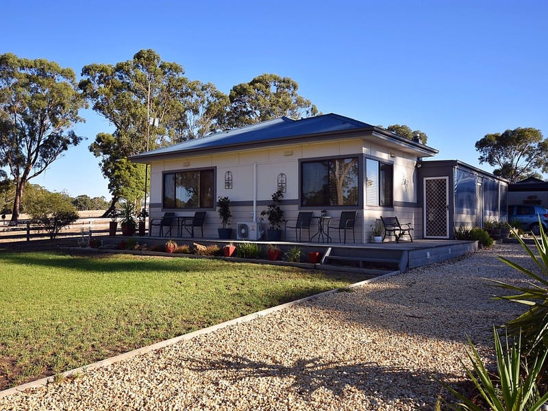 4244 WIMMERA HIGHWAY MOLIAGUL (Around 10 Minutes from Dunolly), Dunolly, Vic 3472