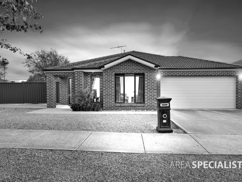 12 Forbes Place, Taylors Hill, Vic 3037
