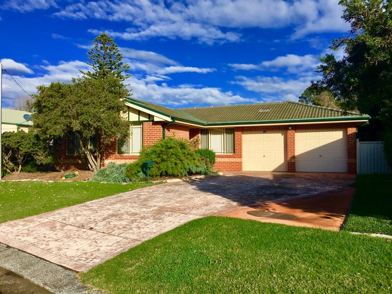 8 Leamington Road, Oak Flats, NSW 2529