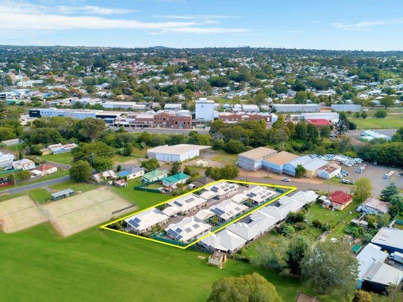 8-10 Link Street, North Toowoomba, Qld 4350