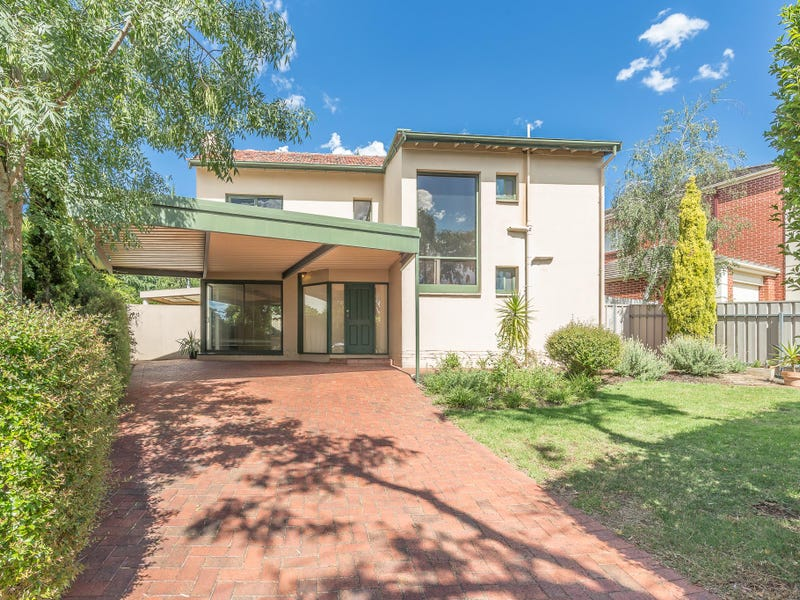 16 Gulfview Avenue, St Georges