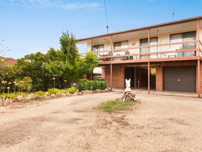 23 Barkly Street, Chiltern, Vic 3683