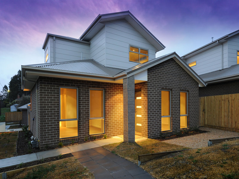 Lot 2 (Unit 4), 19 Brewster Street, Woodend, Vic 3442