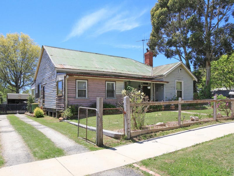 15 Brooke Street, Woodend, Vic 3442