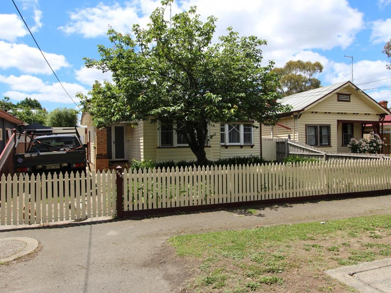 808 Doveton Street North, Soldiers Hill, Vic 3350