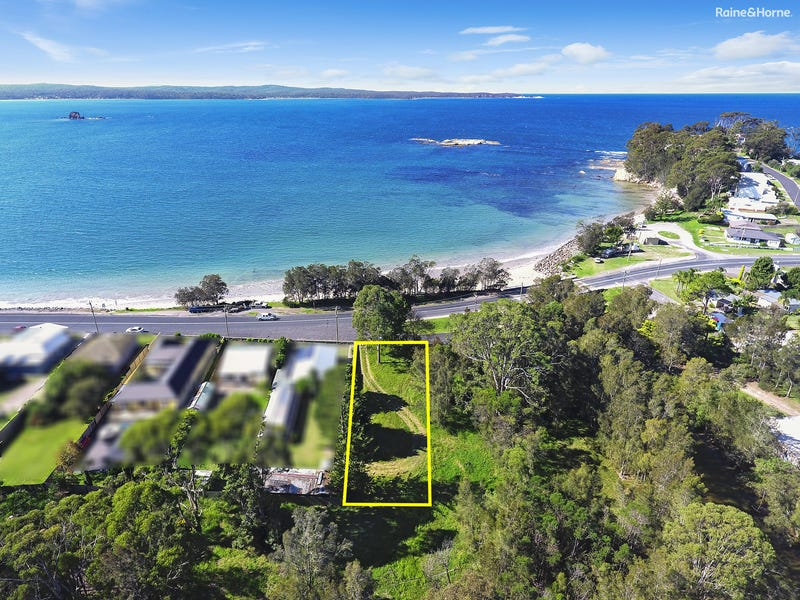 404 Beach Road, Batehaven, NSW 2536
