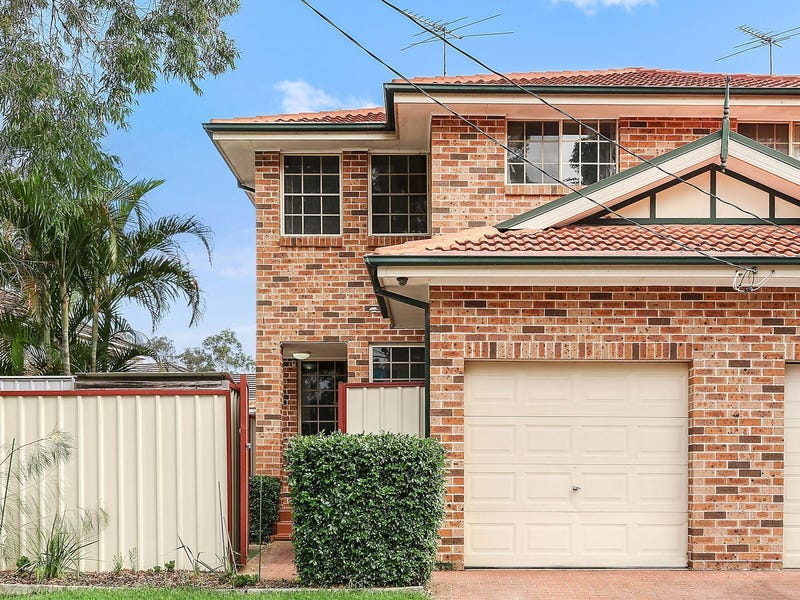59 Maclaurin Avenue, East Hills, NSW 2213