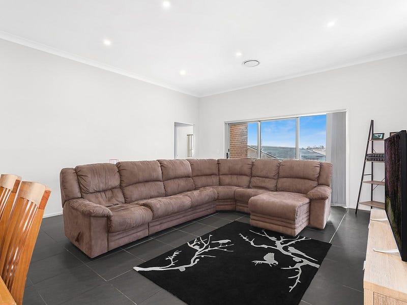32 Rosella Circuit, Gregory Hills, NSW 2557