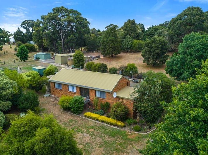 267 Harpers Road, Woodend, Vic 3442